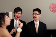 groom-with-red-lips-danielkcheung