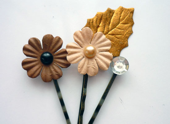 paper flower 3 Paper Flower Hair Pins Tutorial