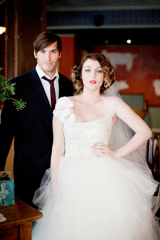 vintage wedding inspiration001 Vintage Glamour Wedding Inspiration Shoot Part Two