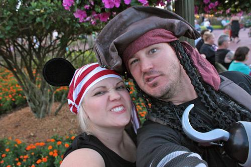 98 The Best Of Honeymoons 2011