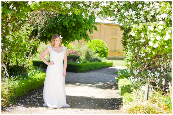 garden bridal inspiration015 Garden Bridal Inspiration