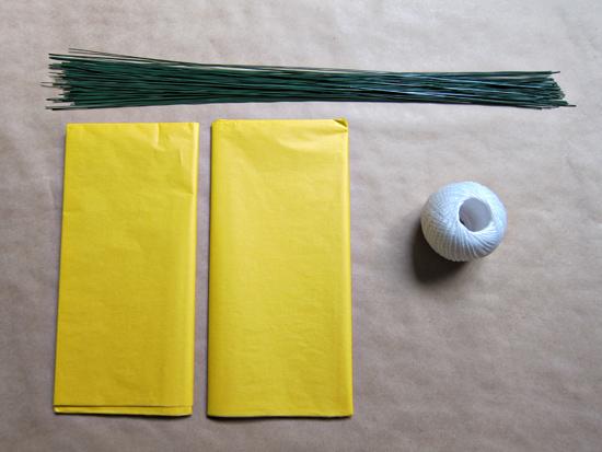 paper pompom tutorial002 Tissue Paper Pom Pom Tutorial