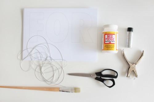 Akimbo glitter garland tutorial materials1 500x333 Forever & Ever Glitter Garland Tutorial