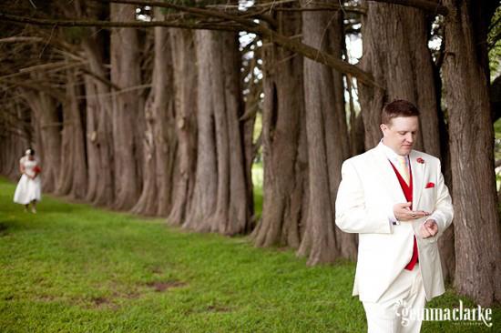 WendyAnthony Wedding 227 550x3661 Anthony and Wendys Southern Highlands Wedding