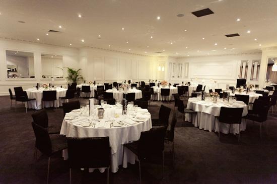 elegant melbourne wedding062 Karina and David's Elegant Melbourne Wedding