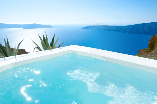 santorini grace junior suite plunge pool l Grace Santorini, Greece