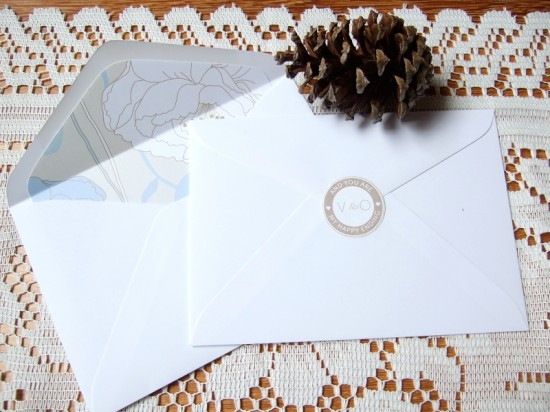 envelope caramel2 550x412 DIY Wedding Envelope Seals
