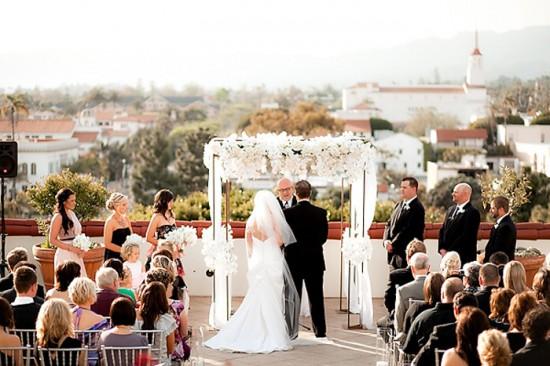 BellaFigura RealWedding Letterpress Majorca6 550x366 Tips For Outdoor Wedding Ceremonies