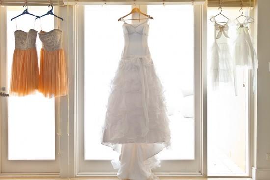 palm beach wedding006 550x367 Ten Wedding Dress Shopping Tips