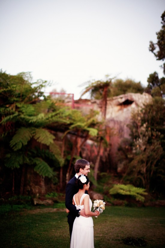 Richard Ivy 404 1000 550x825 A Sydney Waterside Travel Wedding