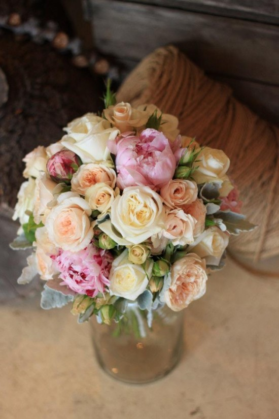 spring bouquet 1 550x825 Summer Wedding Flowers
