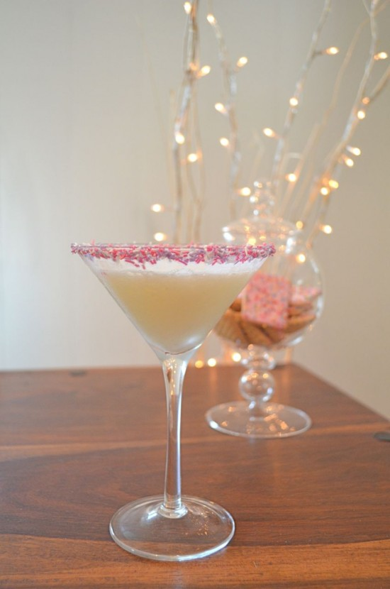 sugarcookie 550x830 Cocktail Friday   Sugar Cookie Martini