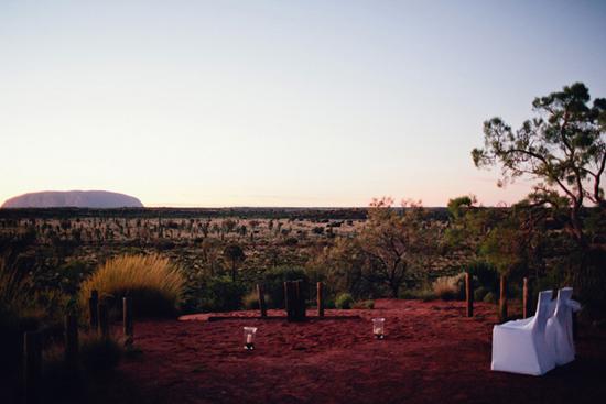 sunrise uluru wedding002 Charntelle and Michaels Sunrise Uluru Wedding