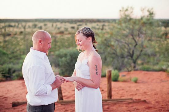 sunrise uluru wedding011 Charntelle and Michaels Sunrise Uluru Wedding