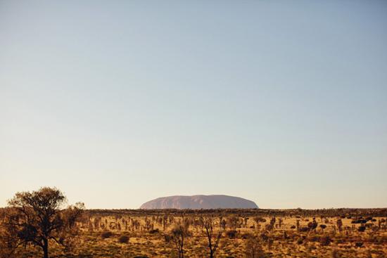sunrise uluru wedding026 Charntelle and Michaels Sunrise Uluru Wedding