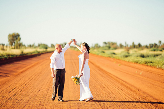 sunrise uluru wedding032 Charntelle and Michaels Sunrise Uluru Wedding