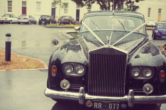 elegant rainy day wedding012