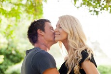 sunny afternoon engagement photos001