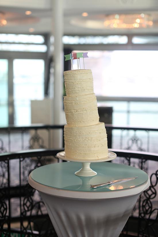 three tier wedding cake Lauren & Bryns New Zealand Garden Wedding
