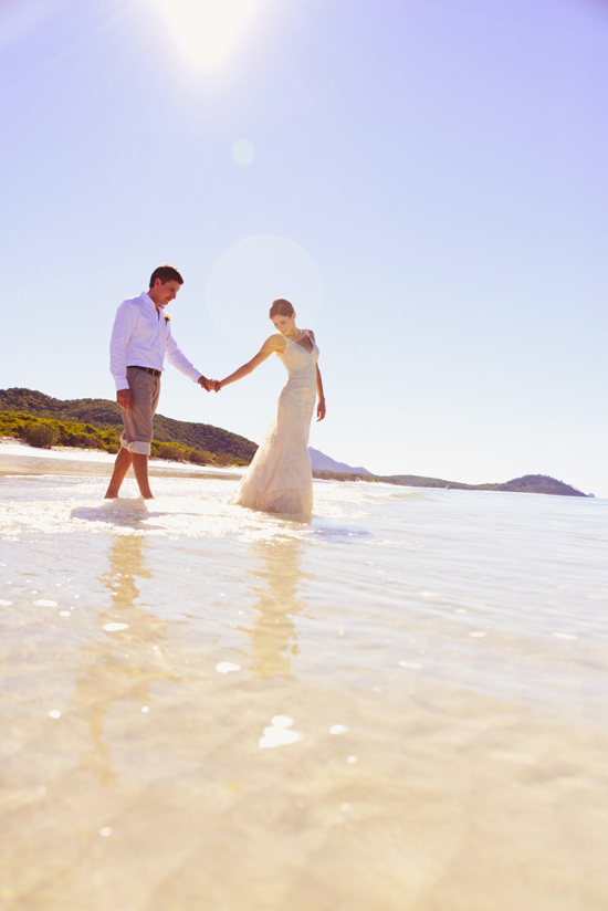 whistundays destination wedding location007 Water & The Wedding Dress On The Whitsunday Islands