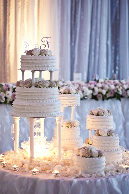 0626 Stefanie and Frank 550x825 Top Ten Wedding Cakes