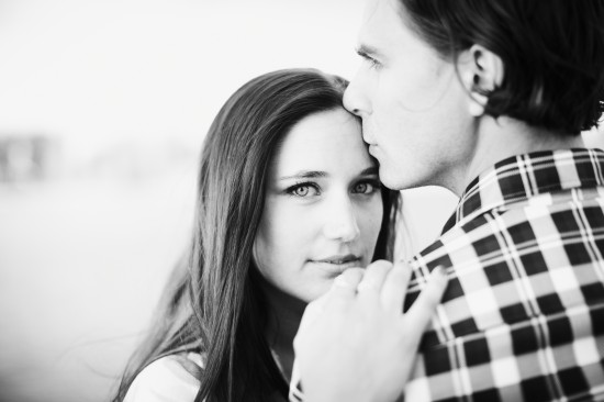 DAYFOTOGRAFI KAJSON TEST 0806 1 550x366 A Swedish Engagement Shoot