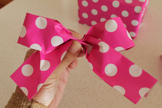 DIY Paper Ribbon and Bow0636 DIY Paper Ribbon And Bow Tutorial