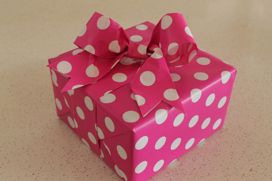 DIY Paper Ribbon and Bow0640 DIY Paper Ribbon And Bow Tutorial
