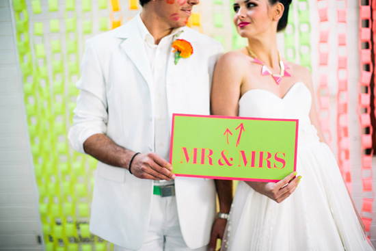 neon wedding inspiration007 Neon Wedding Inspiration