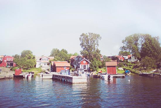 relaxed swedish wedding001 Johanna and Urbans Relaxed Swedish Wedding