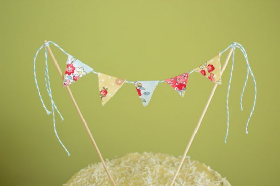 Akimbo cake topper 2 550x366 Fabric Bunting Cake Topper Tutorial With Hummingbird Cake Recipe