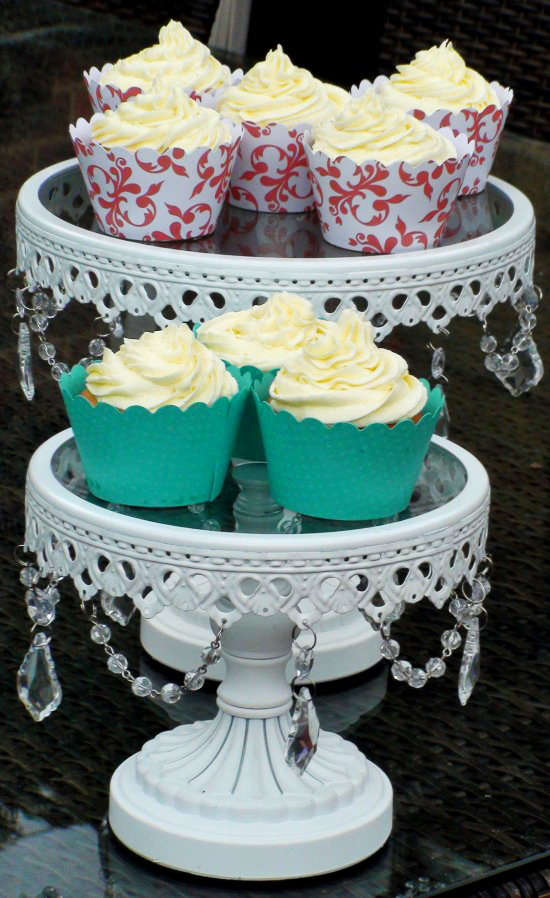 diy cupcakes DIY Vanilla Cupcakes And Easy Decorating With Cupcake Wrappers