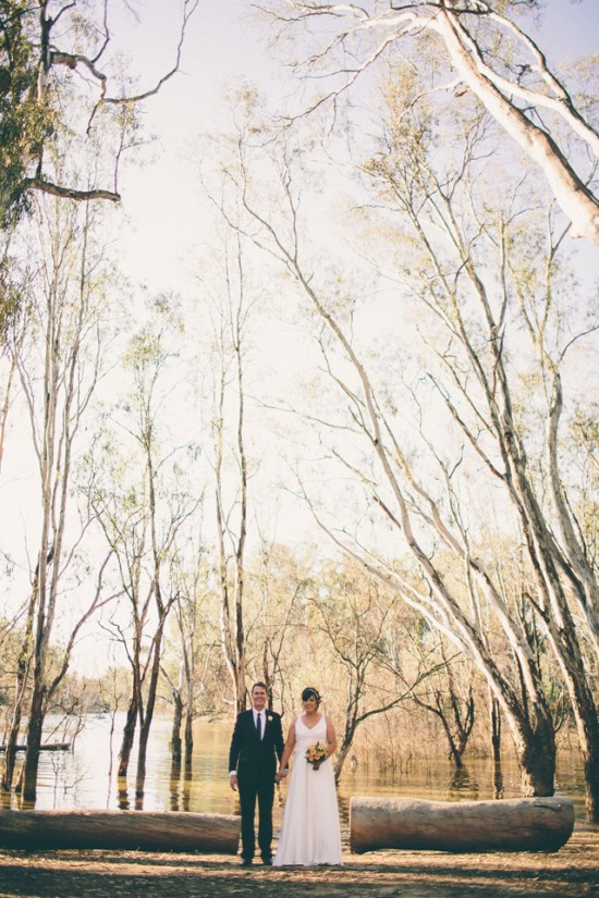 meyer 304 550x825 Rebecca and Theuniss Rustic Murray River Wedding