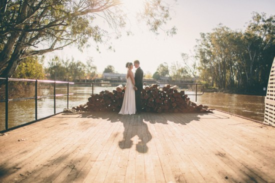 meyer 326 550x366 Rebecca and Theuniss Rustic Murray River Wedding