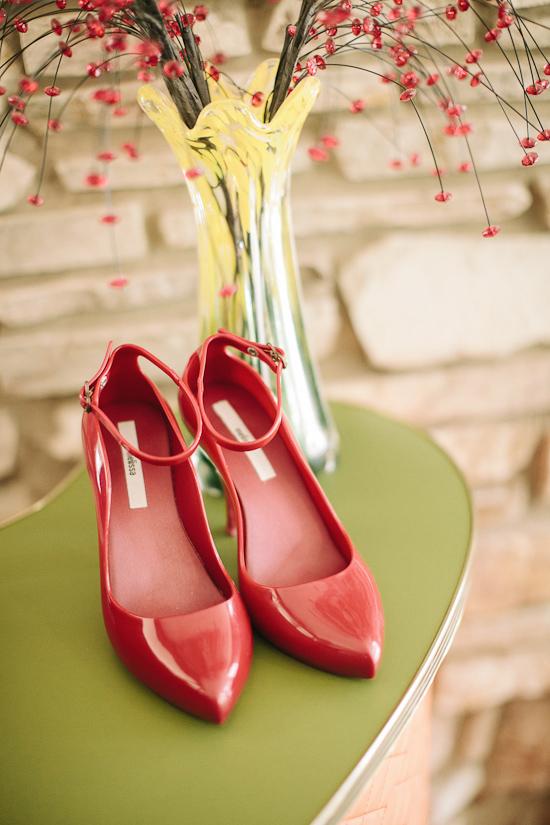 whimsical boyd baker house wedding001 Aleisha and Richards Laid Back Boyd Baker House Wedding