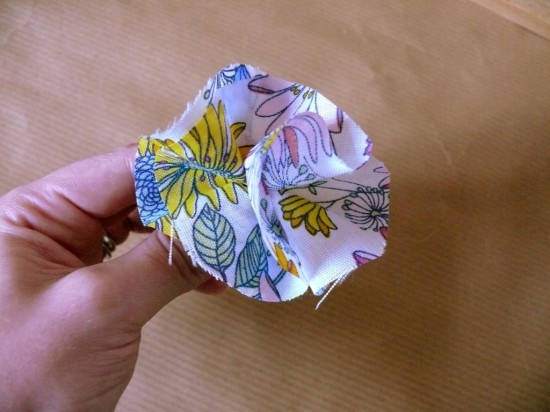51 550x412 DIY Floral Fabric Wedding Dress Hanger Tutorial