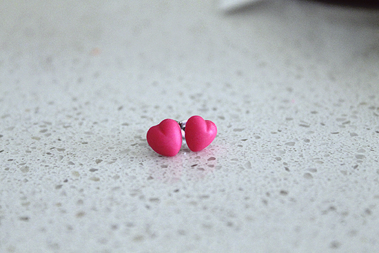DIY Girls Neon Stud Earring 0785 DIY Neon Little (Or Big) Girls Earrings Tutorial