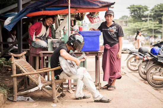 Holiday In Burma0812 Holiday Travels In Myawaddy, Burma