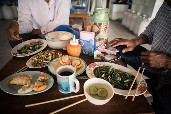 Holiday In Burma0814 Holiday Travels In Myawaddy, Burma