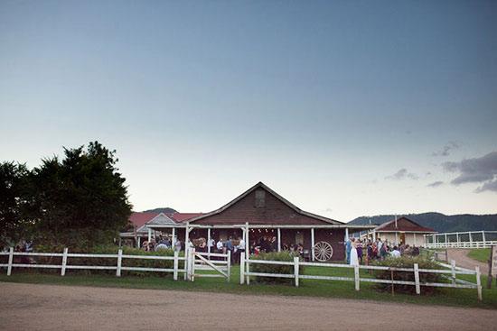 australian barn wedding037