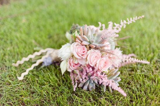 bohemian flower inspiration008 Garden Bohemian Wedding Inspiration