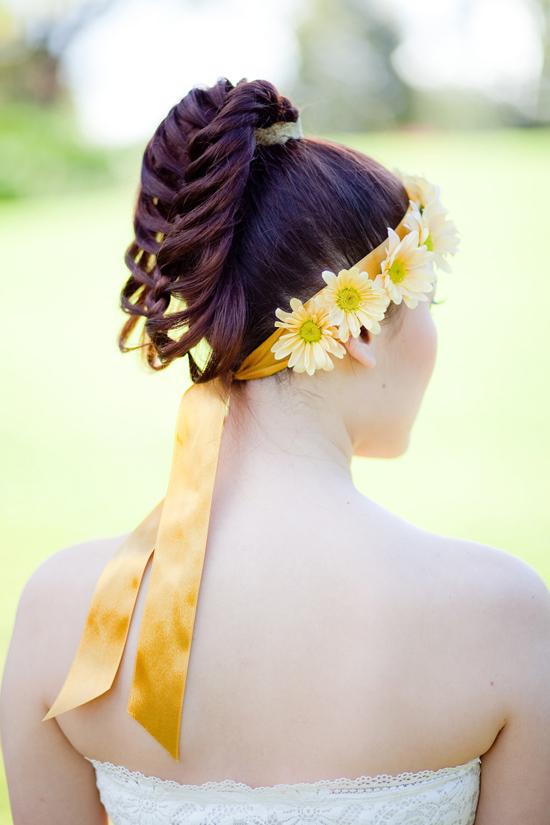bohemian flower inspiration010 Garden Bohemian Wedding Inspiration