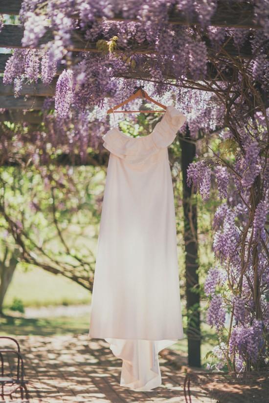 carla iain 057 550x825 Carla & Iains Classic Rustic Hunter Valley Weekend Wedding