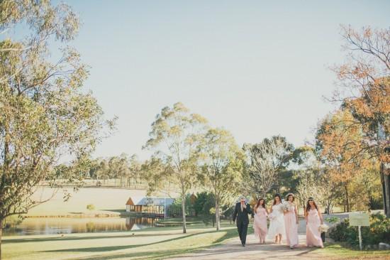 carla iain 272 550x366 Carla & Iains Classic Rustic Hunter Valley Weekend Wedding