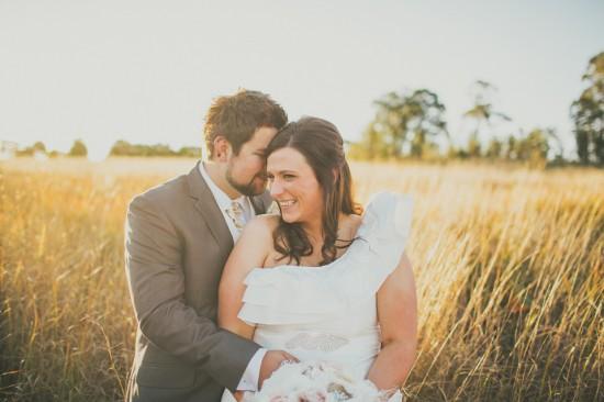carla iain 446 550x366 Carla & Iains Classic Rustic Hunter Valley Weekend Wedding