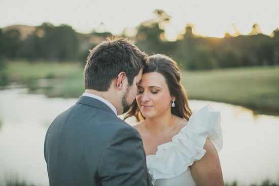 carla iain 517 550x366 Carla & Iains Classic Rustic Hunter Valley Weekend Wedding