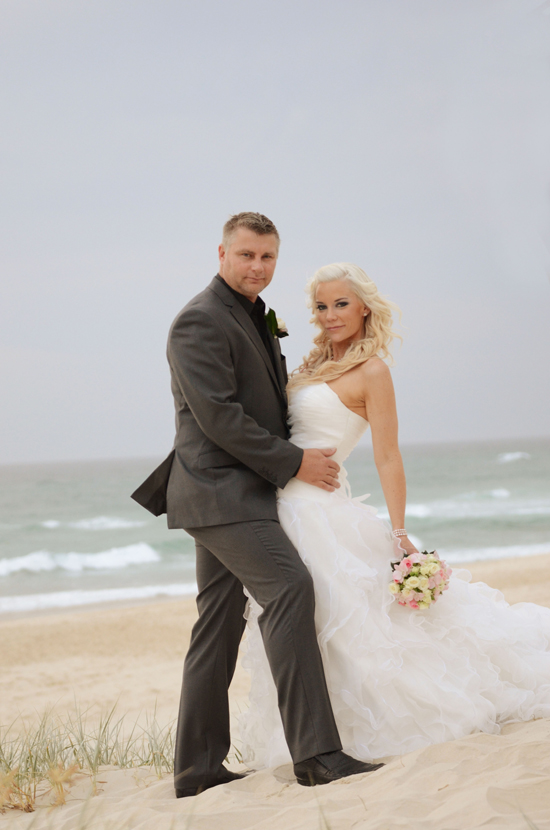 erin2 Erin And Shawns Romantic Broadbeach Wedding