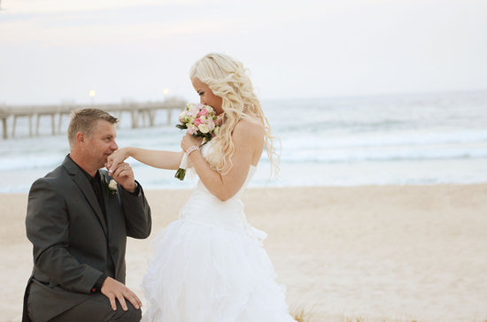erin5 Erin And Shawns Romantic Broadbeach Wedding
