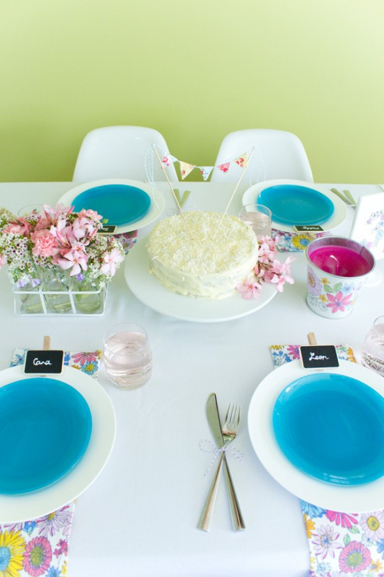 sweet floral table 03 550x825 Spring Floral Table Styling Ideas