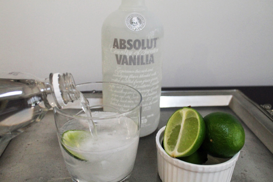 vanilla vodka and lime easy party drink0962 Cocktail Friday ~ Vanilla & Lime Party Starter